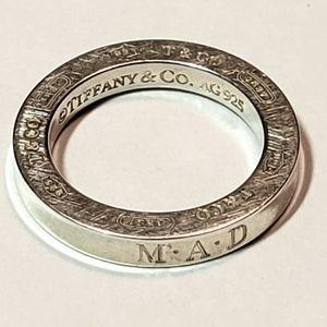 Tiffany & Co. 925 Circle pendant